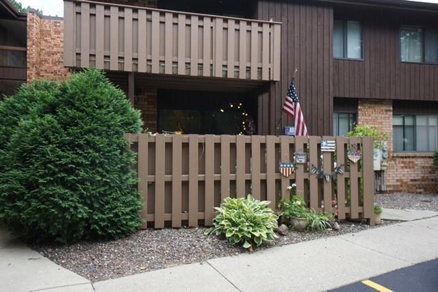 6999 N Green Bay Ave A, Glendale, WI 53209 (#1545939) :: Vesta Real Estate Advisors LLC