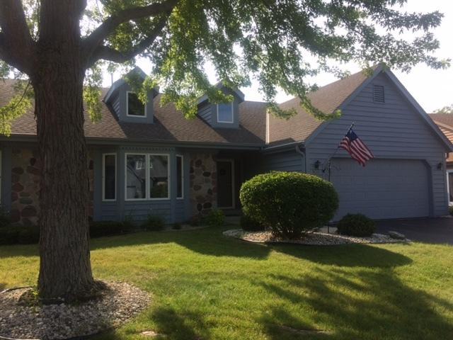 W180N9867 Riversbend Cir W D-22, Germantown, WI 53022 (#1546194) :: Tom Didier Real Estate Team