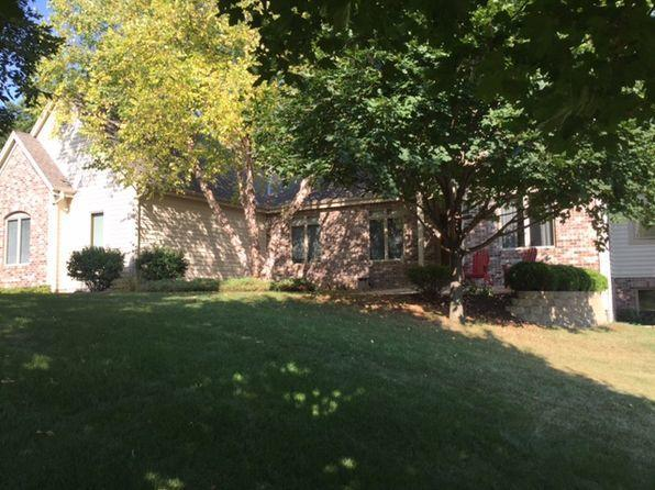 1520 Hickory Hill Lane, Brookfield, WI 53045 (#1551990) :: Vesta Real Estate Advisors LLC