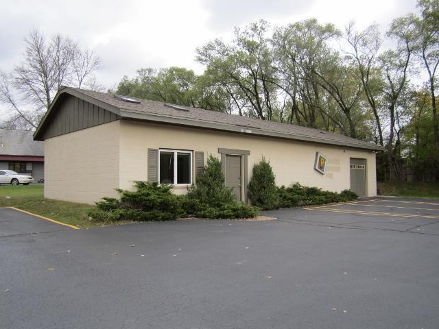 N96 W16042 County Line Rd, Germantown, WI 53022 (#1557336) :: Vesta Real Estate Advisors LLC
