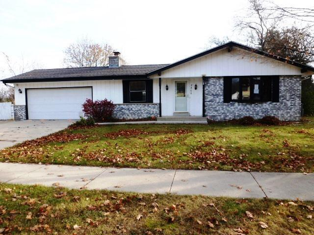 7306 N 99th St, Milwaukee, WI 53224 (#1558954) :: Vesta Real Estate Advisors LLC