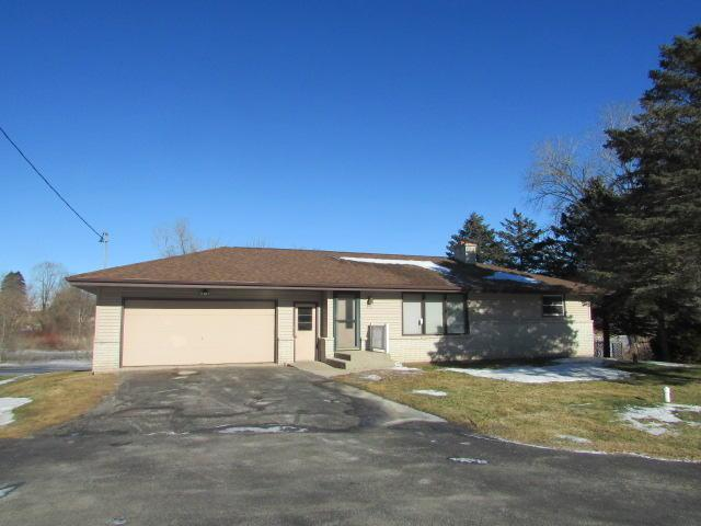 6326 Johnston Dr, Two Rivers, WI 54241 (#1563603) :: Vesta Real Estate Advisors LLC