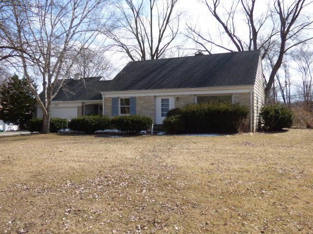 14625 Marcella Ln, Brookfield, WI 53005 (#1571516) :: Vesta Real Estate Advisors LLC