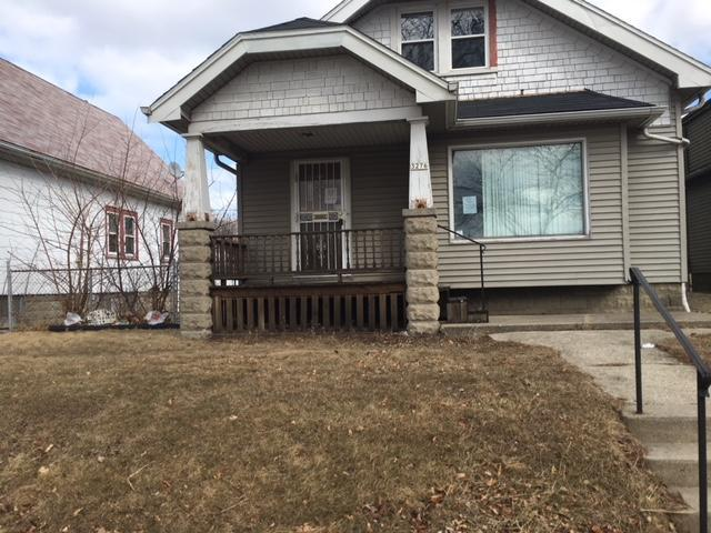3276 N 37th St, Milwaukee, WI 53216 (#1572357) :: Tom Didier Real Estate Team