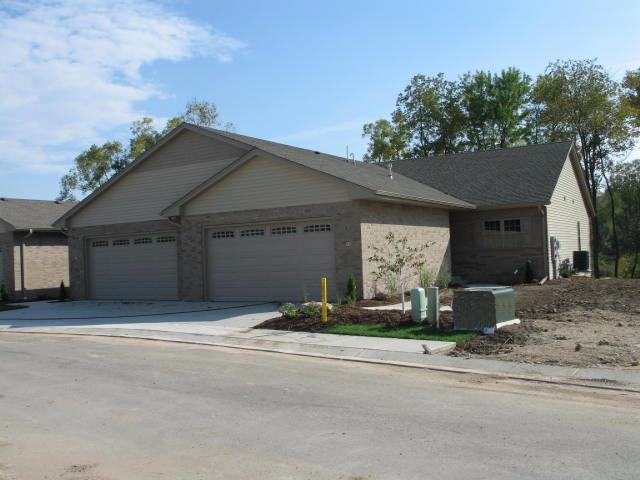 1200 Raptor Ct #2, Burlington, WI 53105 (#1572395) :: Tom Didier Real Estate Team