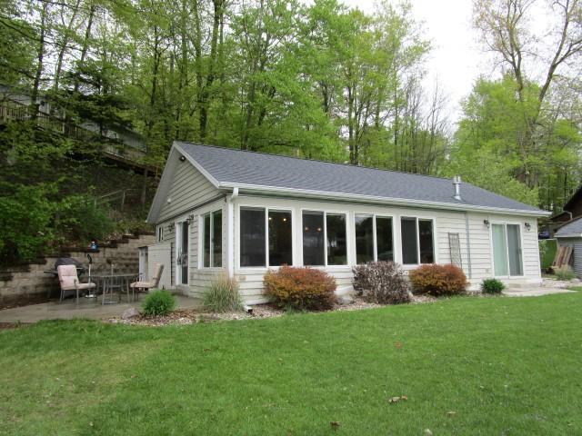 9125 N Lake Dr., Newton, WI 53063 (#1582787) :: Vesta Real Estate Advisors LLC