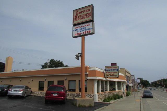 3935 S Howell Ave., Milwaukee, WI 53207 (#1594949) :: Vesta Real Estate Advisors LLC