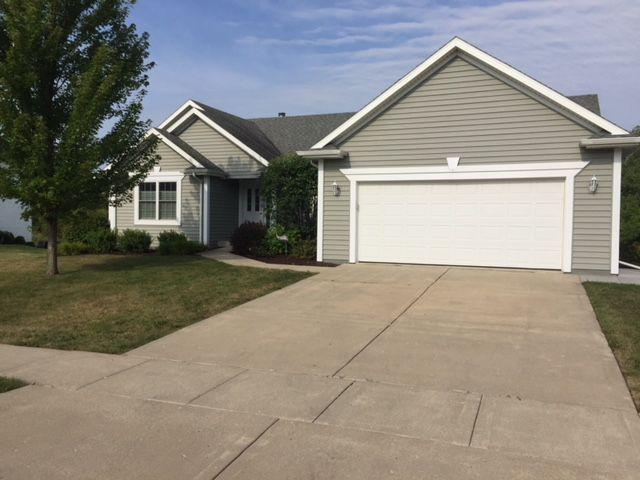 742 Andria Dr, Lake Geneva, WI 53147 (#1601614) :: Vesta Real Estate Advisors LLC