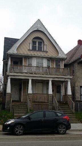 2913-15 W Vliet St, Hales Corners, WI 53208 (#1611270) :: Tom Didier Real Estate Team