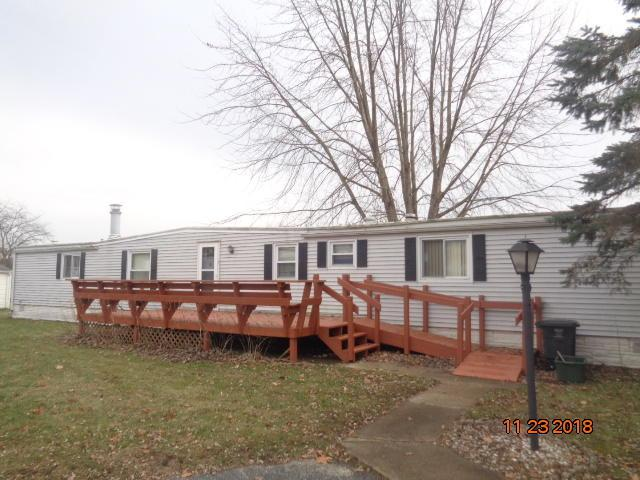 1489 Pleasant St, Lyons, WI 53105 (#1615040) :: Tom Didier Real Estate Team
