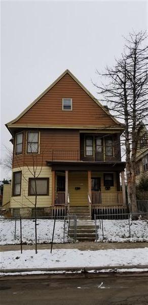 3217 W Clybourn St, Milwaukee, WI 53208 (#1617051) :: Tom Didier Real Estate Team