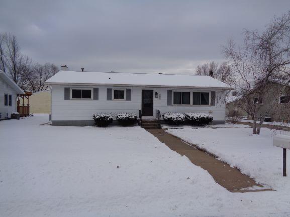 1008 Well St, Onalaska, WI 54650 (#1620524) :: Vesta Real Estate Advisors LLC