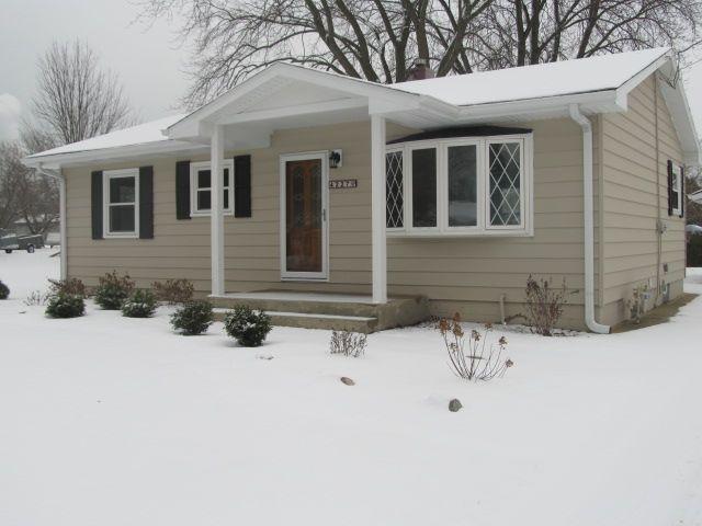4227 E Alton Rd, Oak Creek, WI 53154 (#1622344) :: eXp Realty LLC