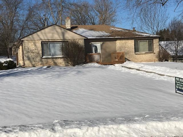 1025 Garvens Ave, Brookfield, WI 53005 (#1622942) :: eXp Realty LLC