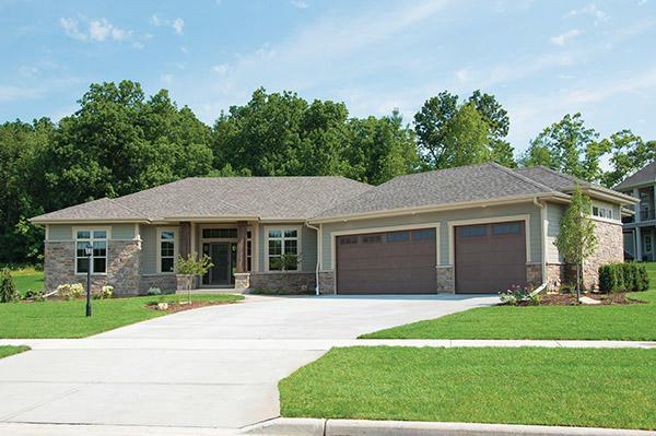 N75W23984 Overland Rd, Sussex, WI 53089 (#1628519) :: eXp Realty LLC