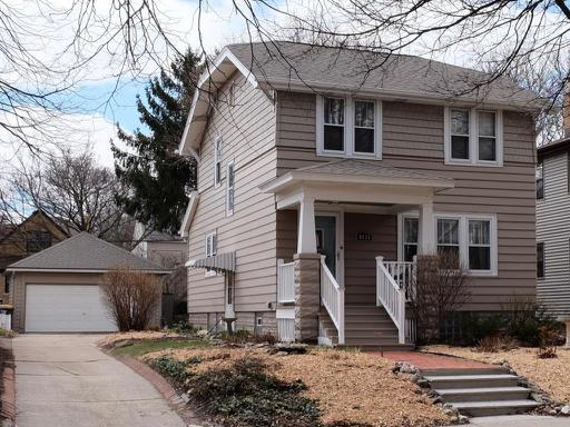 8335 Portland Ave, Wauwatosa, WI 53213 (#1631771) :: eXp Realty LLC