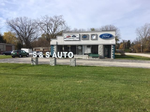 8853 S 27th St, Franklin, WI 53132 (#1636559) :: eXp Realty LLC