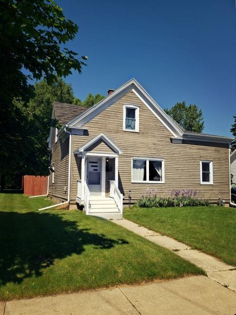 309 3rd St, Kewaunee, WI 54216 (#1645803) :: RE/MAX Service First Service First Pros