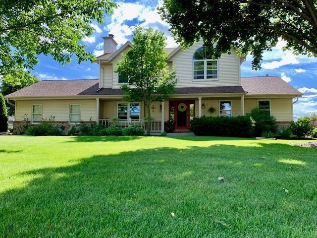 W147N10665 Heritage Pkwy, Germantown, WI 53022 (#1653291) :: RE/MAX Service First Service First Pros