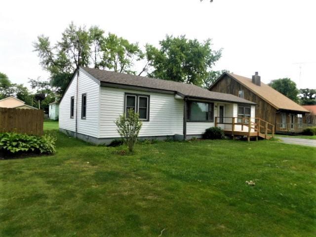 1534 Pheasant Ave, Twin Lakes, WI 53181 (#1653467) :: Keller Williams