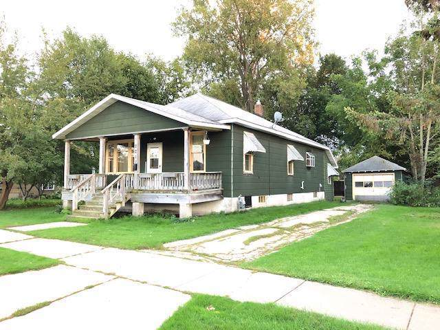 2211 Sherman St, Marinette, WI 54143 (#1661350) :: eXp Realty LLC