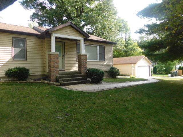 235 Marion Ave, Twin Lakes, WI 53181 (#1661912) :: RE/MAX Service First Service First Pros