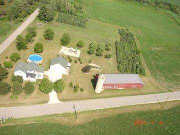 N8094 Little Coffee Rd, Watertown, WI 53094 (#1664774) :: RE/MAX Service First