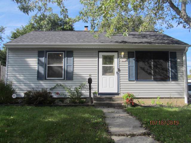 3015 S 61st St, Milwaukee, WI 53219 (#1664823) :: RE/MAX Service First Service First Pros