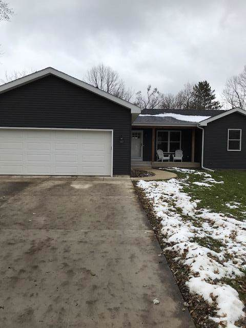 N1158 Park Rd, Genoa City, WI 53128 (#1668285) :: Keller Williams Momentum