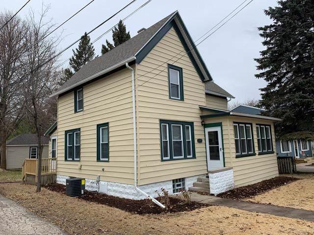 215 N Spring St, Port Washington, WI 53074 (#1669353) :: Tom Didier Real Estate Team