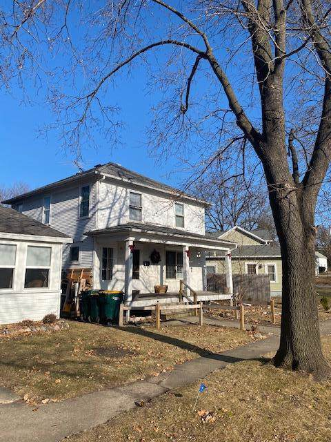 43 South St, Fort Atkinson, WI 53538 (#1671385) :: RE/MAX Service First Service First Pros