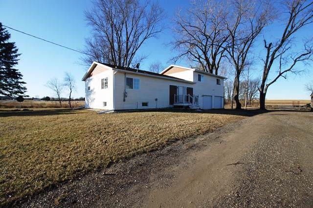11579 E State Road 59, Lima, WI 53190 (#1672486) :: RE/MAX Service First Service First Pros