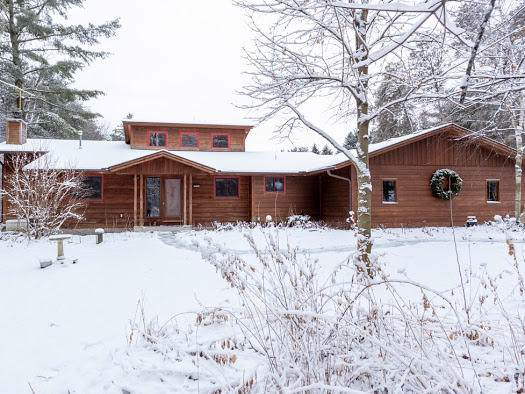 S31W38607 School Section Lake Rd, Ottawa, WI 53118 (#1673398) :: RE/MAX Service First Service First Pros