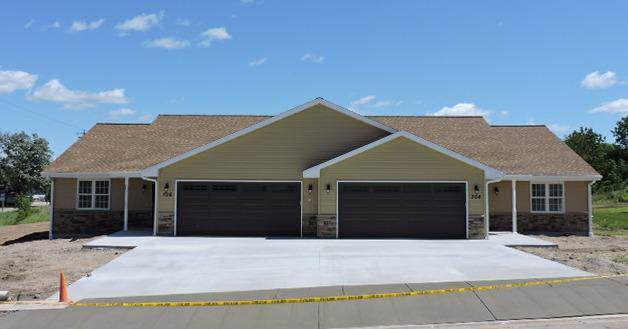 1507 Lena Ln, Fort Atkinson, WI 53538 (#1674248) :: RE/MAX Service First Service First Pros