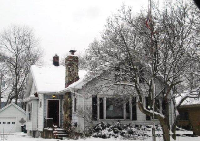 3443 S 44th St, Greenfield, WI 53219 (#1675757) :: Keller Williams Realty Milwaukee North Shore