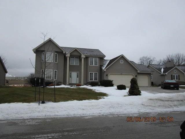 10731 S Christina Ct, Oak Creek, WI 53154 (#1676280) :: Keller Williams Realty Milwaukee North Shore