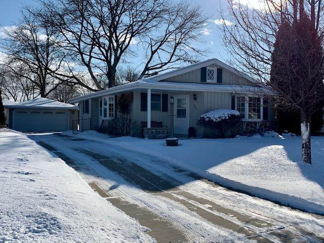 4357 S Placid Dr., Greenfield, WI 53220 (#1676827) :: Keller Williams Realty Milwaukee North Shore
