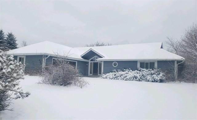 422 Belvedere W, Richfield, WI 53017 (#1677025) :: Tom Didier Real Estate Team