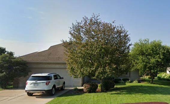 3911 86th Place, Pleasant Prairie, WI 53142 (#1677350) :: Keller Williams Momentum