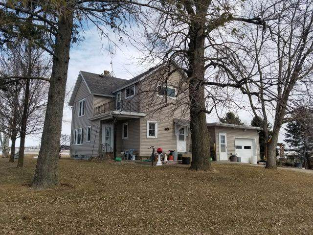 N3688 County Road Bb, Elba, WI 53925 (#1679788) :: RE/MAX Service First Service First Pros