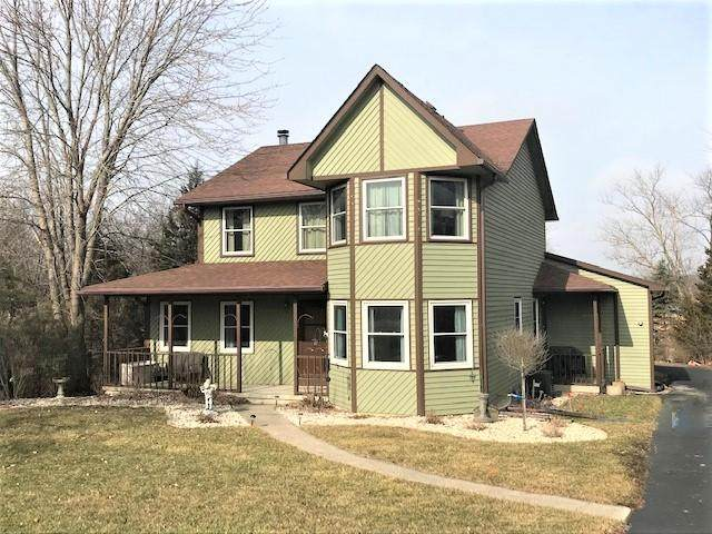 8676 226th Ave, Salem Lakes, WI 53168 (#1680965) :: NextHome Prime Real Estate
