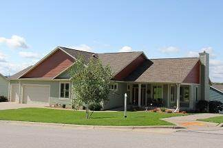 4200 Cliffside Dr, La Crosse, WI 54601 (#1682972) :: RE/MAX Service First Service First Pros