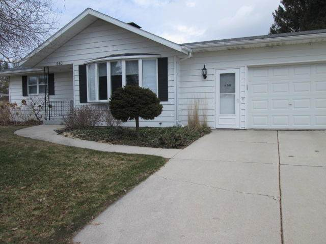 650 Western Ave., Sheboygan Falls, WI 53085 (#1683002) :: RE/MAX Service First Service First Pros