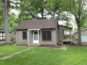 4521 Silverwood Dr, Delavan, WI 53115 (#1691335) :: RE/MAX Service First Service First Pros