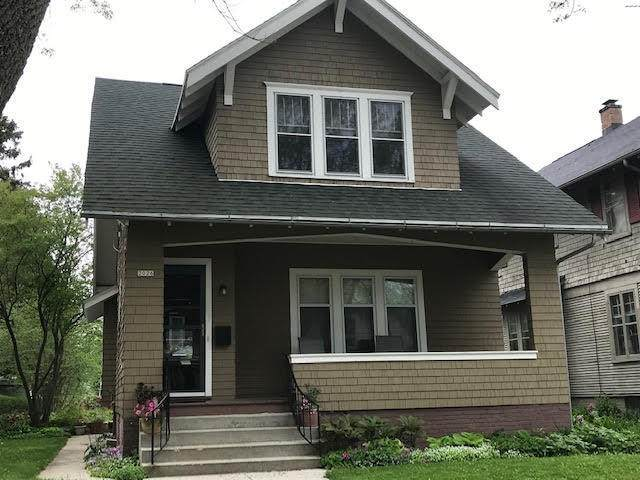 2026 N 9th St, Sheboygan, WI 53081 (#1691895) :: RE/MAX Service First Service First Pros