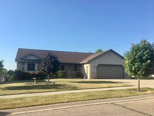 1120 Fieldstone Dr, Hartford, WI 53027 (#1694622) :: OneTrust Real Estate