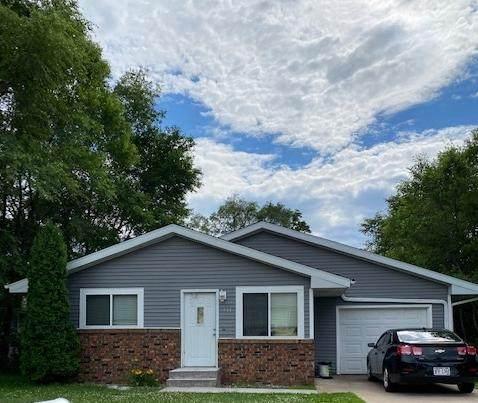 933 W Park Ave W, Onalaska, WI 54650 (#1695259) :: NextHome Prime Real Estate