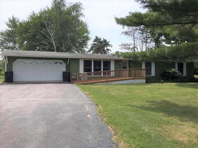 N6753 County Road O, Sugar Creek, WI 53121 (#1697595) :: Tom Didier Real Estate Team