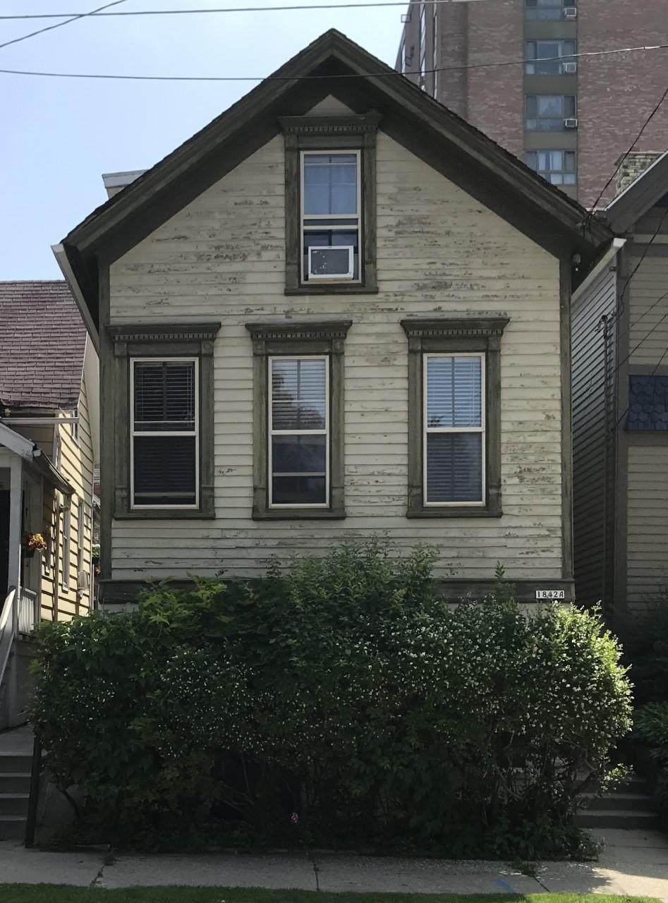 1842 Warren Ave - Photo 1