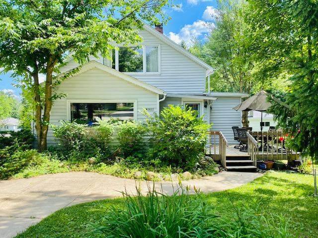 W3837 Alder Dr, Geneva, WI 53147 (#1698593) :: OneTrust Real Estate
